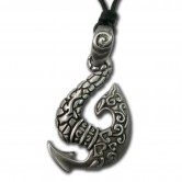 Colgante de Estaño Maori Fish Hook III 001