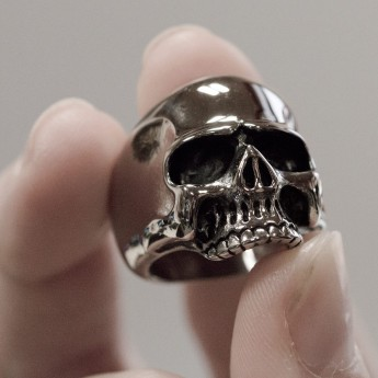Stainless Steel Ring - Classic Skull – picture 2