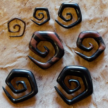 Spiral Stretcher from Horn or Ebony Wood - Squared Spiral – picture 3