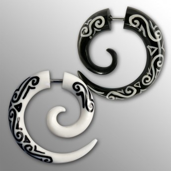 Fake Spiral Earring - Maori Tribal - from Horn or Bone – picture 1