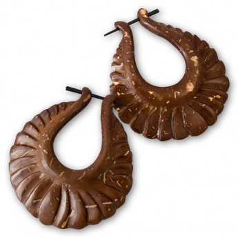 Handcarved Brown Earrings from Coconut Shell – picture 2