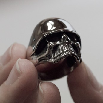 Stainless Steel Skull Ring with WW2 Helmet – picture 2