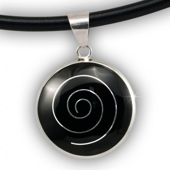 Silver Pendant with Spiral in white, black, red or green – picture 2