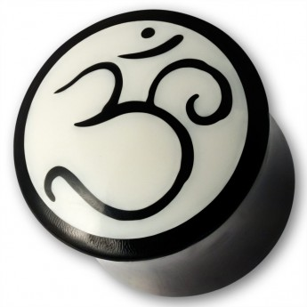 "Horn Ear Plug with Bone Inlay ""OM / AUM"" – picture 1"