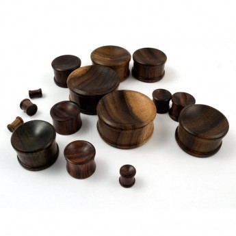 Sono Wood Ear Plug - Brown & Concave – picture 2