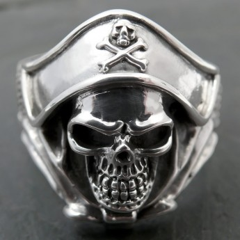 Silver Ring - Death`s Head Buccaneer Captain – picture 1